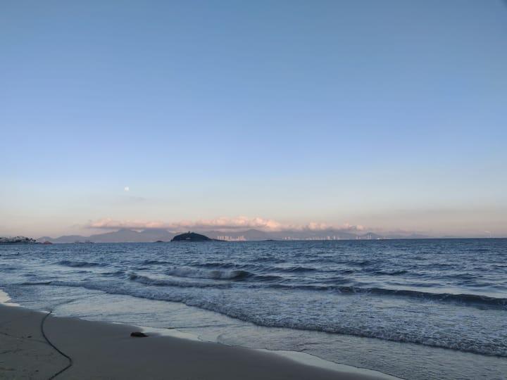 霞涌泡泡海一线海景水床房
