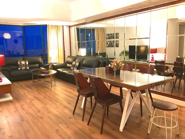 Chic Design Apartment within the most Hyped Malls
