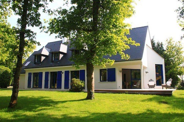 Grande maison familiale campagne/bord de mer - Crac'h - Huis