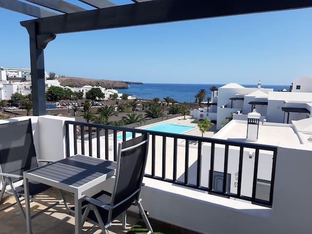 CASA MYKONOS  Vistas al mar,  Playa Blanca