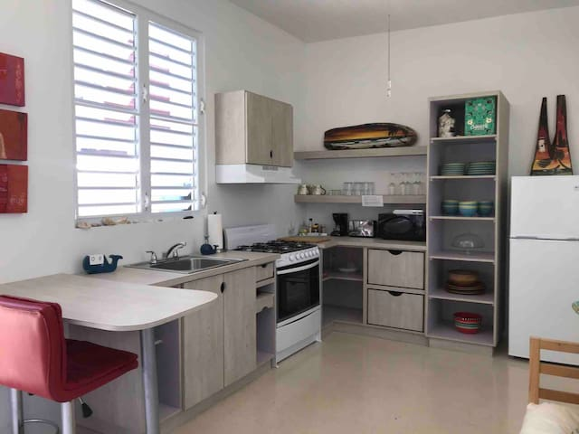 Full equipped Kitchen/ microwave, coffee maker , toaster , gas stove