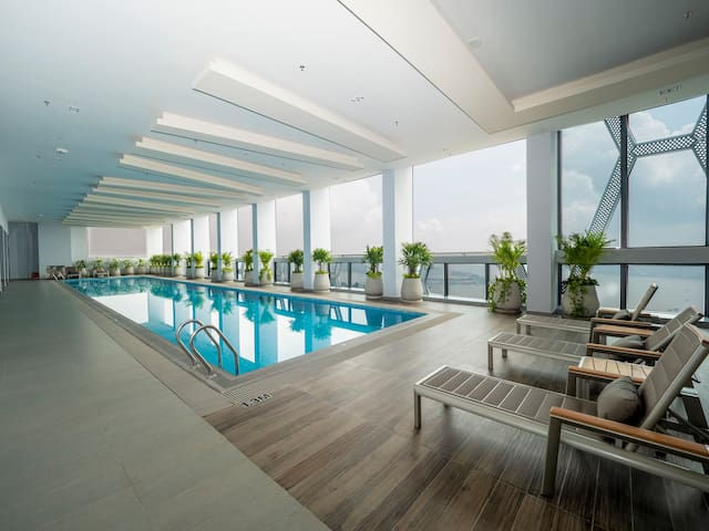 1. Superior Studio w Roof Top Swimming pool