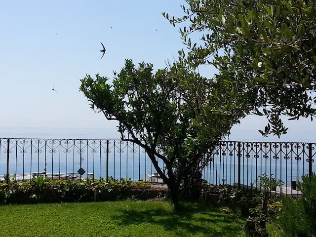 Big Private Garden with sea view. - Finale Ligure - Pis