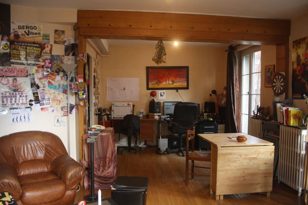 L 39 appartement souriant appartements louer clermont - Appartement meuble a louer clermont ferrand ...