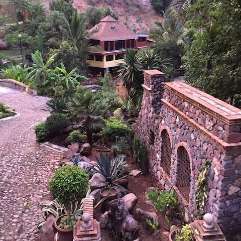 Wonderfull Villa in 10 acre garden - Tepic - Huvila