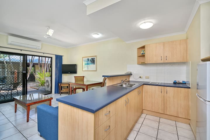 Trinity Beach 1 Bed Apartment