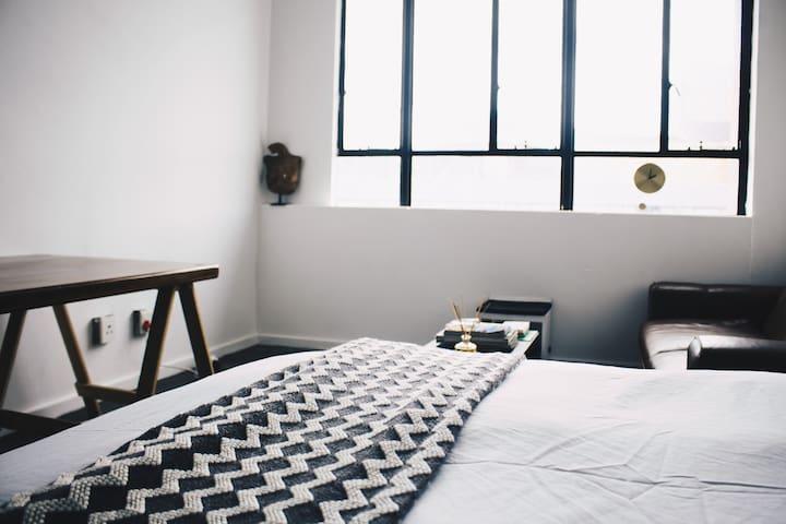 Creative community, urban dwelling, cosy living - Johannesburg - Lägenhet