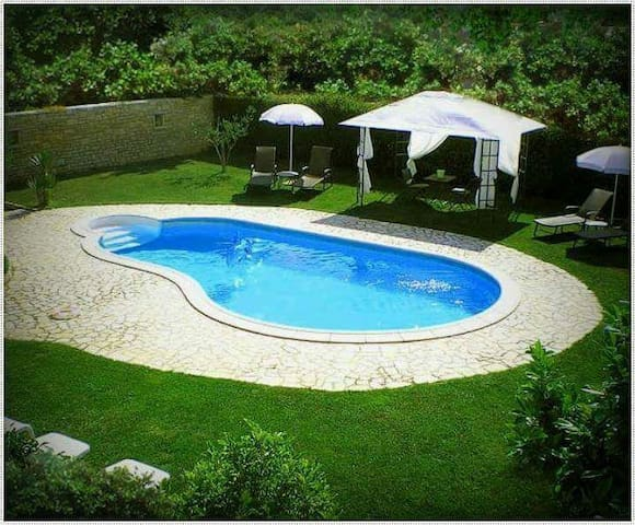 Family apartment with the pool & spacious garden