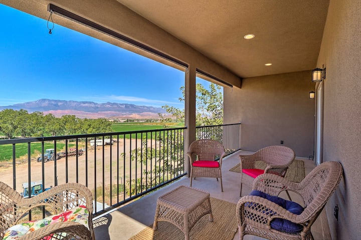 NEW! Hurricane Getaway w/ Views, 25 Mi to Zion!