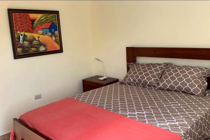 Anedi Guesthouse- 3 bedrooms.