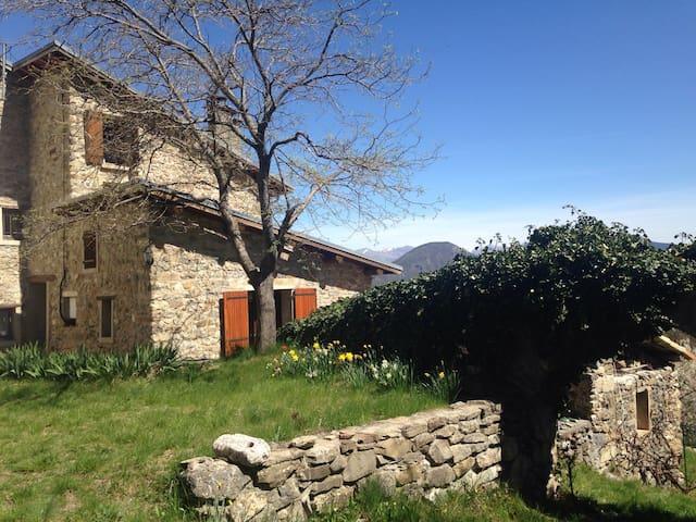 Maison de montagne de 90 m2 - Venterol - Talo