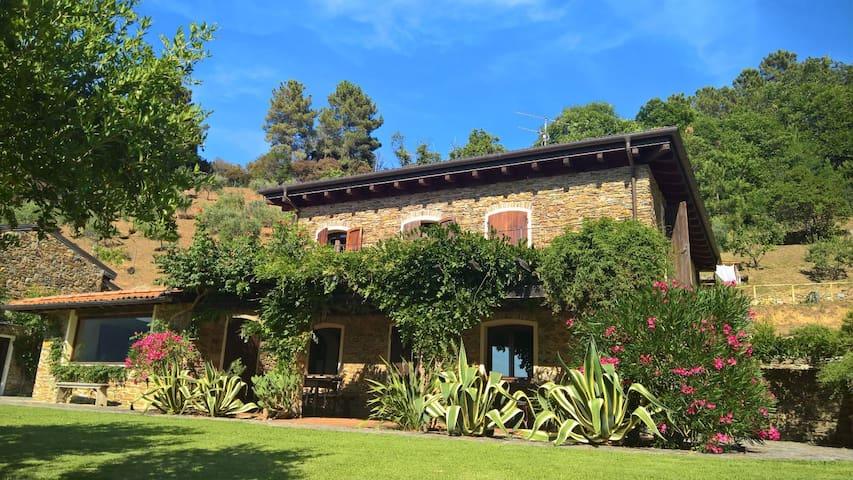 Villa Caterina, collina e mare