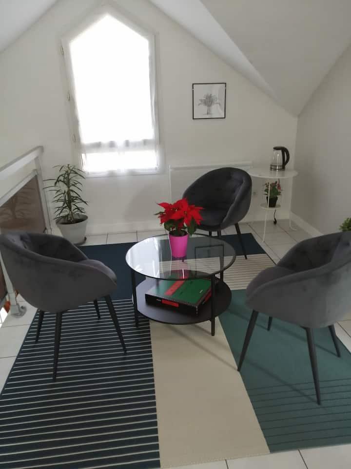 La maison de Lilou, l'étage, 3 chambres, parking