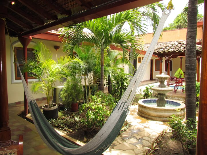 Casa Gallo: great place to stay & living colonial