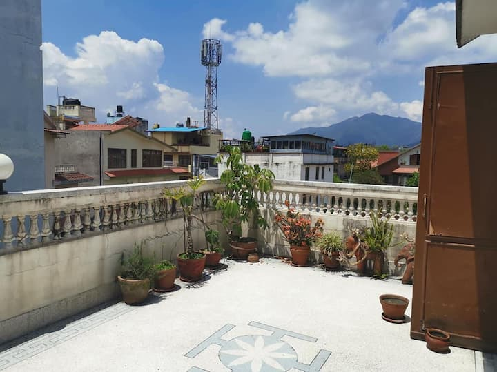 Floor available in beautiful shared house in KTM