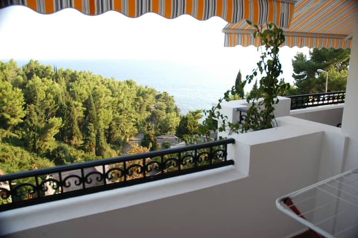 VILLA DULSINEA  SUPERIOR4  BALCONY WITH SEA VIEW