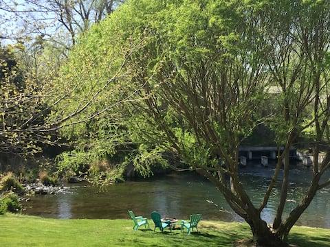 Scenic & Peaceful  Billingsley Creek Guest House