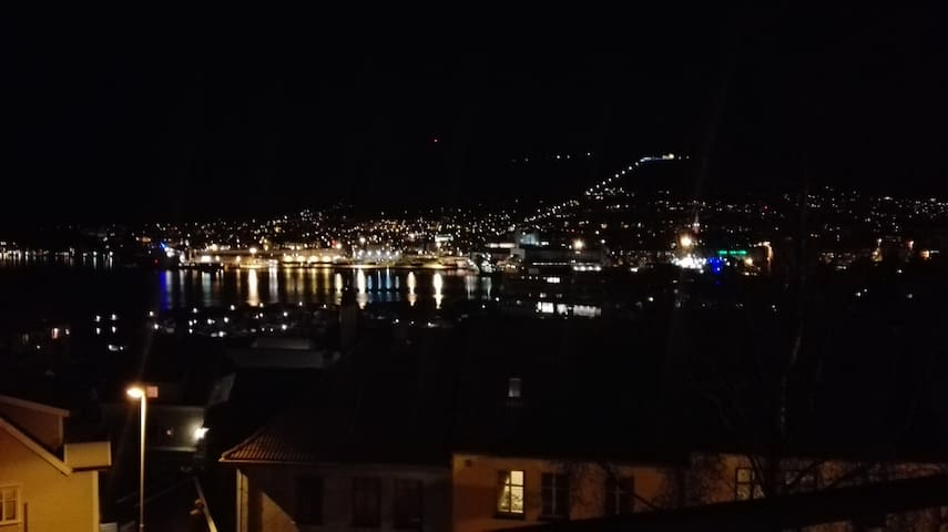 A warm home with a view over the city centre - Bergen - Lägenhet