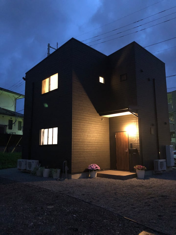 L's Mt.Fuji/新築一棟貸切り/家具家電駐車場完備/無人チェックイン