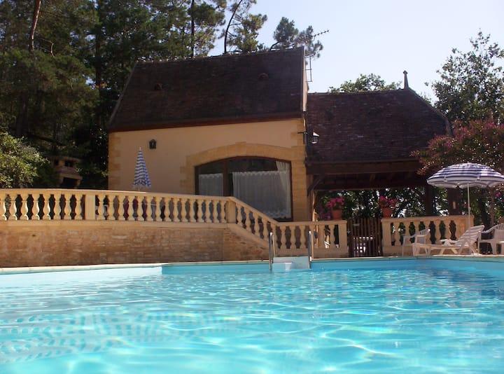 Sunny, poolside, beautiful stone cottage, garden