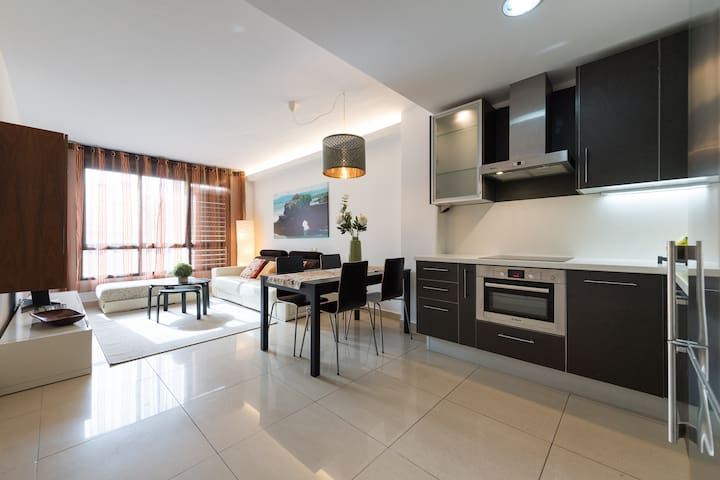 DUPLEX 240mts FROM BEACH by Living Las Canteras