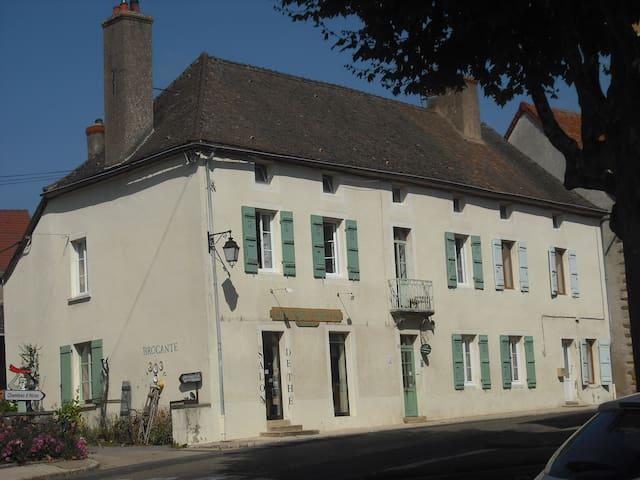 Chambre d'hôtes de LA GRAINETERIE - Buxy