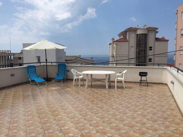 Villa Volodarsky. Montenegro, Dobra-Voda.Sea view.