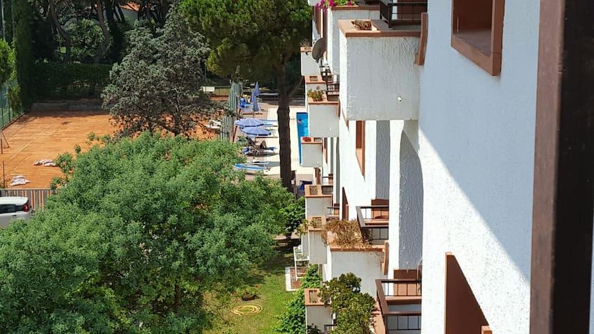 Appartamento in parco con piscina e sul mare - Baia Domizia - Apartamento