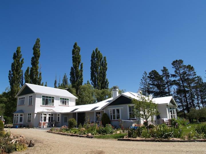 Solandra Lodge