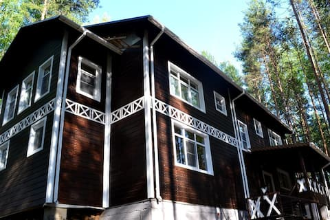 """База отдыха """"Сандал"""" (Карелия) Sandal guest house"""