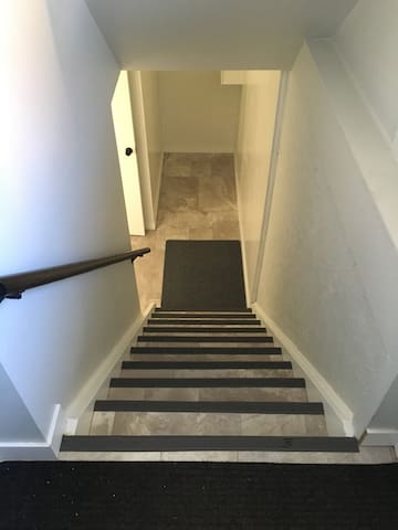 Looking down the stairs. There are 10 steps.