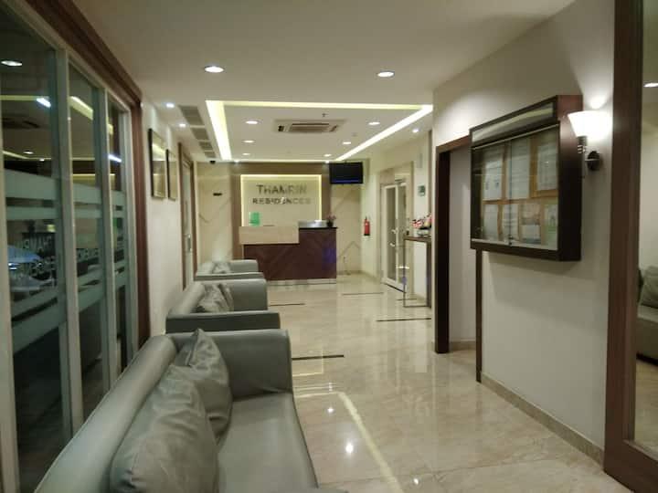 Thamrin Residence, 1 Bed + living Room Wifi 40m2