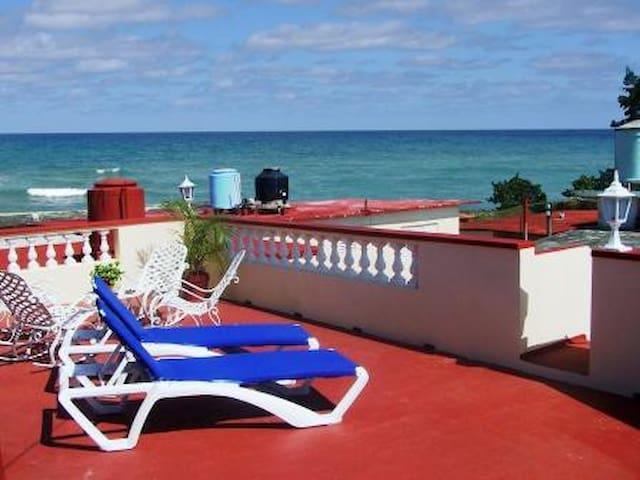 Casa Ciro y Lourdes 1 Room (Boca Camarioca)