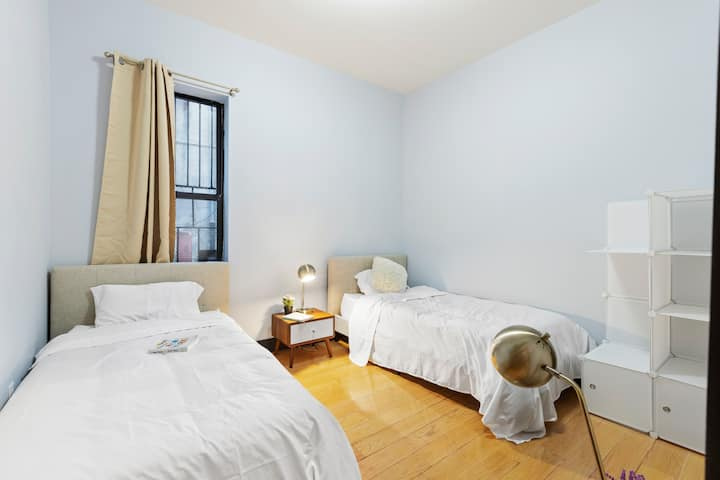 Twin Stylish Room in Coliving Apt