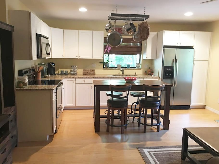 Fully equipped kitchen with everything you need to cook