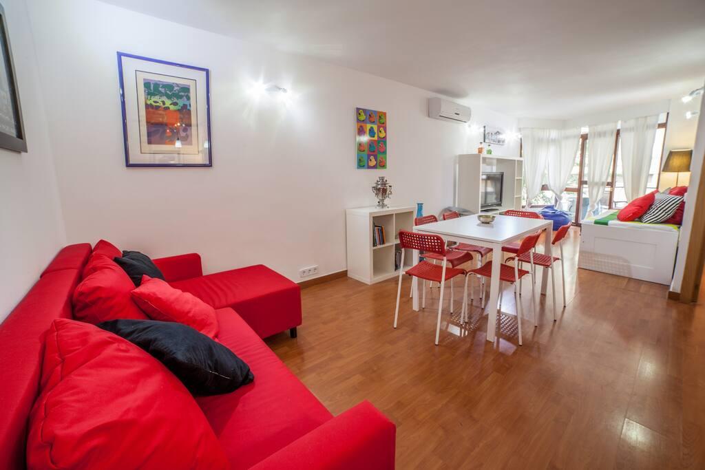 Precioso apartamento con piscina apartamentos en for Apartamentos en madrid con piscina