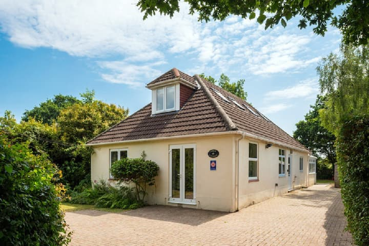 Delightful Cottage in the heart of the New Forest