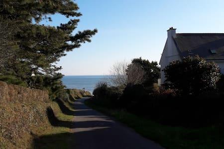 Vue sur l'océan, à 200m de la plage - Saint-Gildas-de-Rhuys - (ไม่ทราบ)