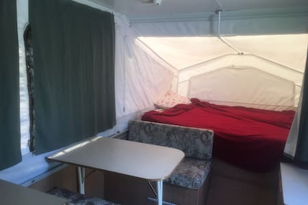 Pop UpTent Camper with cold a/c! - Knoxville - Camper/RV