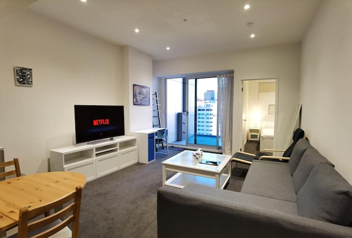 CBD High-Rise Two Bedroom Apartment With Parking