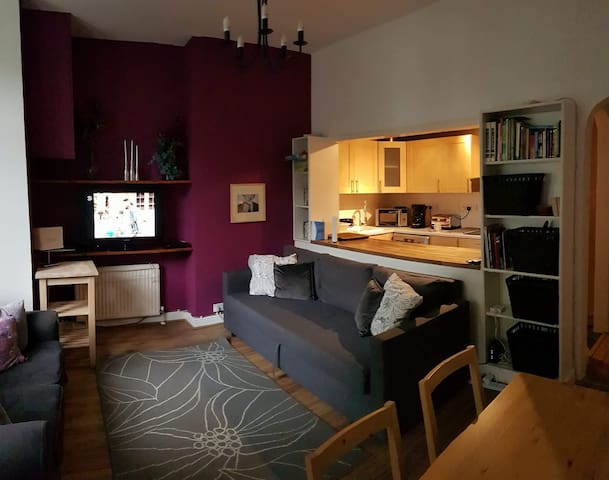 Cosy 2BD flat in Notting Hill