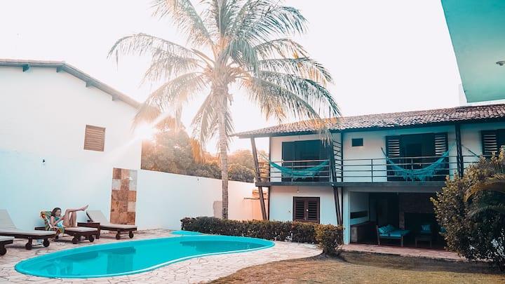 Quarto Quádruplo Privativo - No Worries Hostel