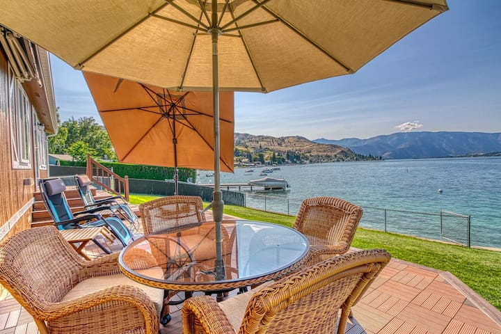 NEW LISTING! Lakefront home w/ dock & great view - dogs ok - walk to 3 wineries!
