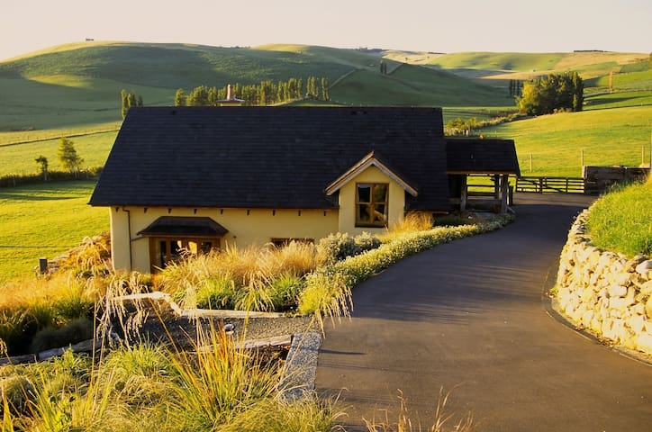 The Lodge at Tikana