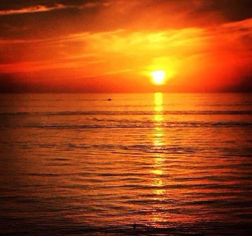 Vanderbilt beach sunset :)