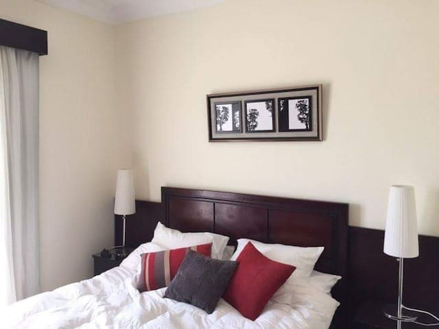 Apartment in sunny lakes for rent