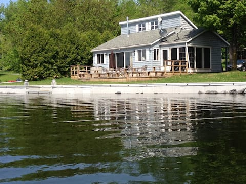 "Lakefront Adirondack Home (""Camp"") - Lincoln Pond"