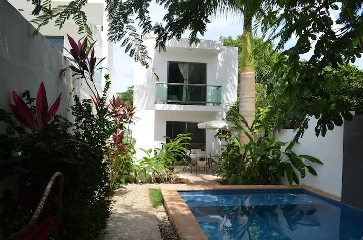House with private pool: Casa Mango