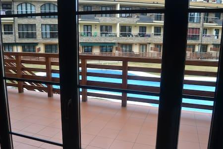 Apartamento en Urbanización con Piscinas y Spa - Barreiros - Appartement