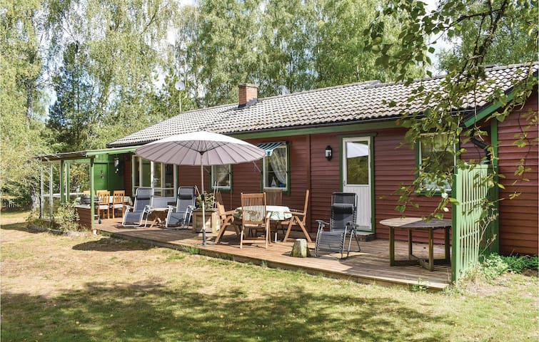 Holiday cottage with 2 bedrooms on 80m² in Ludvigsborg
